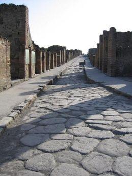 448px-PompeiiStreet (roman road)